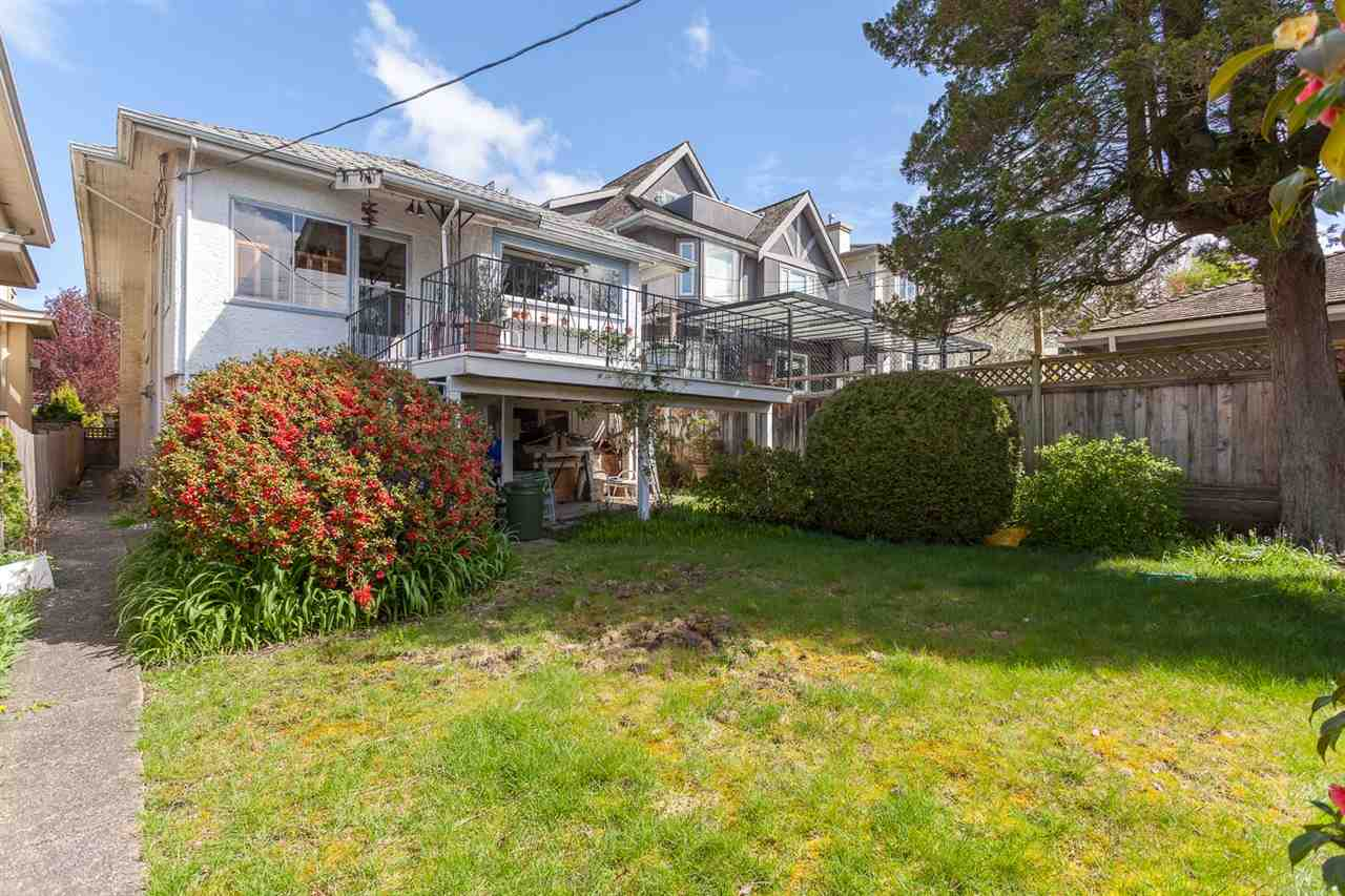 Photo 11: 1926 W 42ND Avenue in Vancouver: Kerrisdale House for sale (Vancouver West)  : MLS® # R2161088