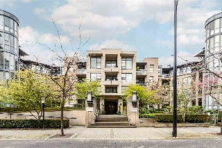 "Main Photo: 203 2263 REDBUD Lane in Vancouver: Kitsilano Condo for sale in ""tropez"" (Vancouver West)  : MLS(r) # R2161456"