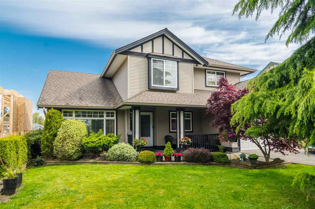 FEATURED LISTING: 18449 68 Avenue Surrey