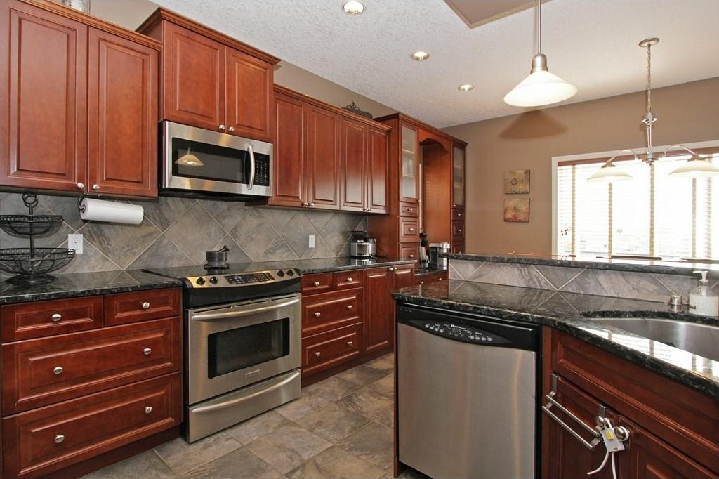 Photo 8: 308 CRIMSON Close: Chestermere House for sale : MLS(r) # C4117671