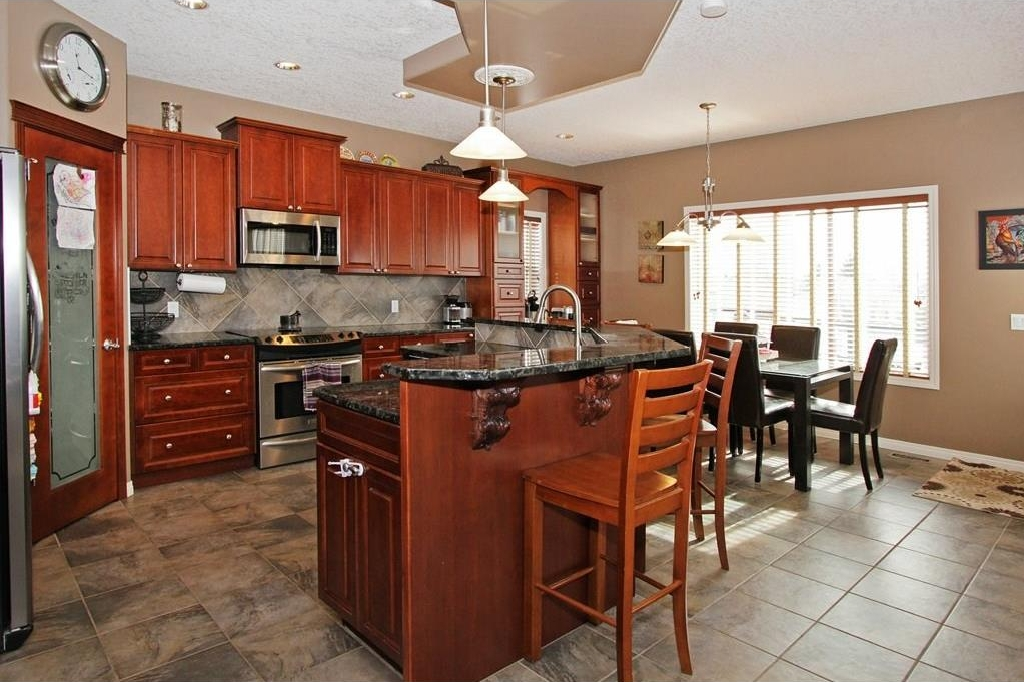 Photo 10: 308 CRIMSON Close: Chestermere House for sale : MLS(r) # C4117671
