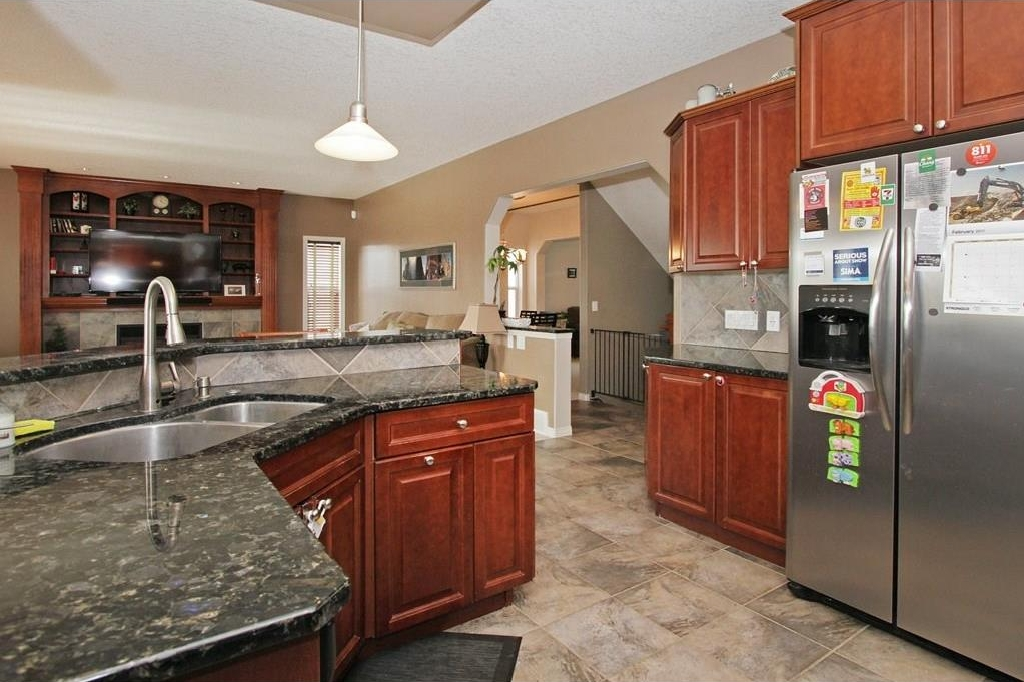 Photo 9: 308 CRIMSON Close: Chestermere House for sale : MLS(r) # C4117671