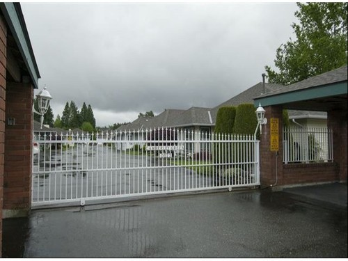 Photo 10: 131 10172 141ST Street in North Surrey: Home for sale : MLS® # F1311872