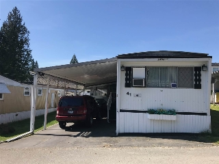 "Main Photo: 41 8190 KING GEORGE Boulevard in Surrey: East Newton Manufactured Home for sale in ""King George"" : MLS(r) # R2175089"