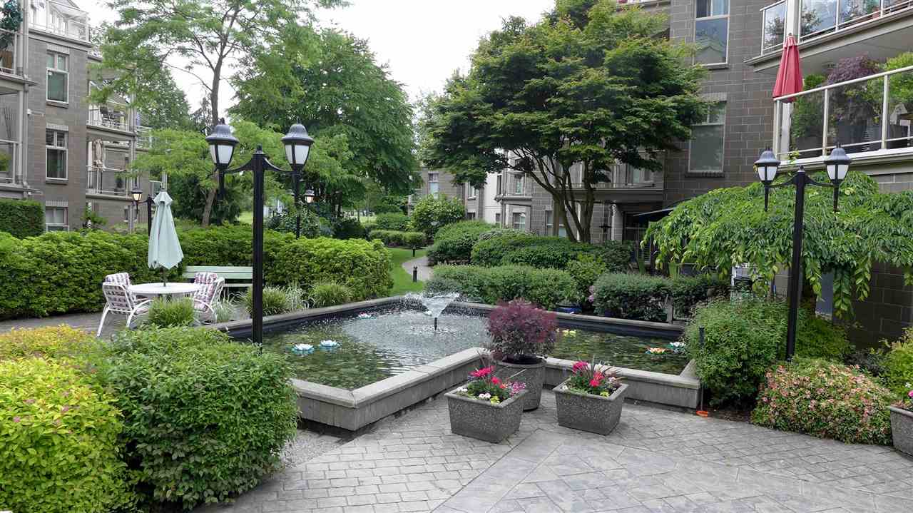 "Photo 15: 208 15350 19A Avenue in Surrey: King George Corridor Condo for sale in ""STRATFORD GARDENS"" (South Surrey White Rock)  : MLS(r) # R2178166"