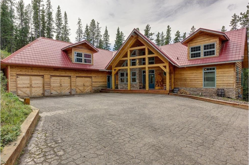 Main Photo: 32 Horseshoe Bend: Rural Foothills M.D. House for sale : MLS®# C4134887