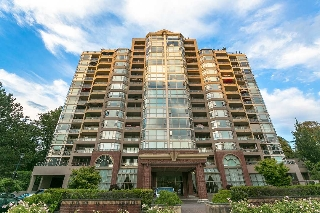 "Main Photo: 1401 1327 E KEITH Road in North Vancouver: Lynnmour Condo for sale in ""CARLTON AT THE CLUB"" : MLS® # R2204508"