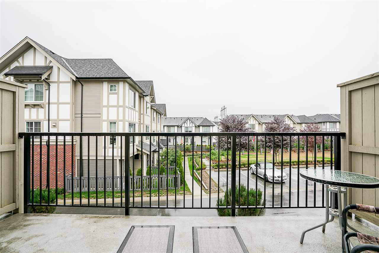"Photo 11: Photos: 3 30989 WESTRIDGE Place in Abbotsford: Abbotsford West Townhouse for sale in ""Brighton"" : MLS® # R2204794"