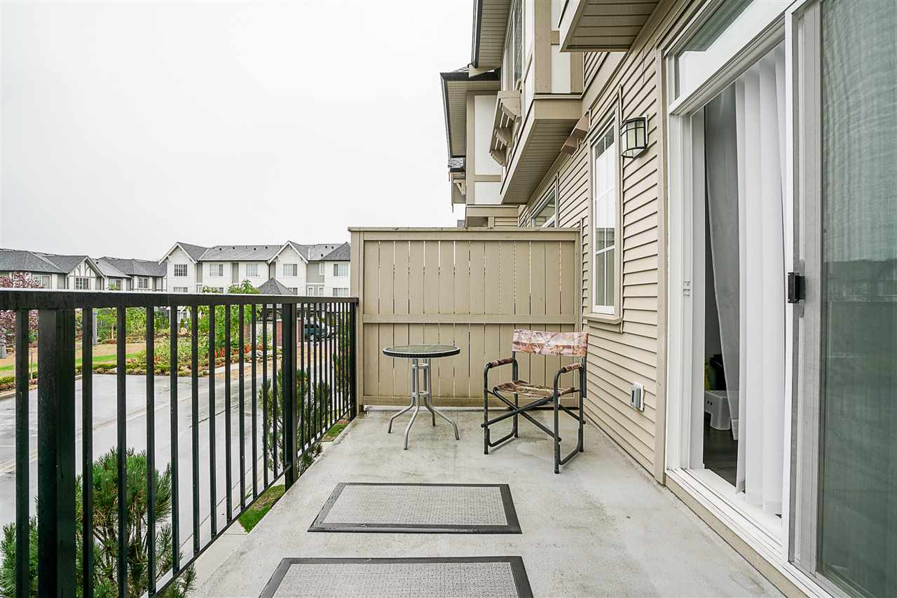 "Photo 12: Photos: 3 30989 WESTRIDGE Place in Abbotsford: Abbotsford West Townhouse for sale in ""Brighton"" : MLS® # R2204794"