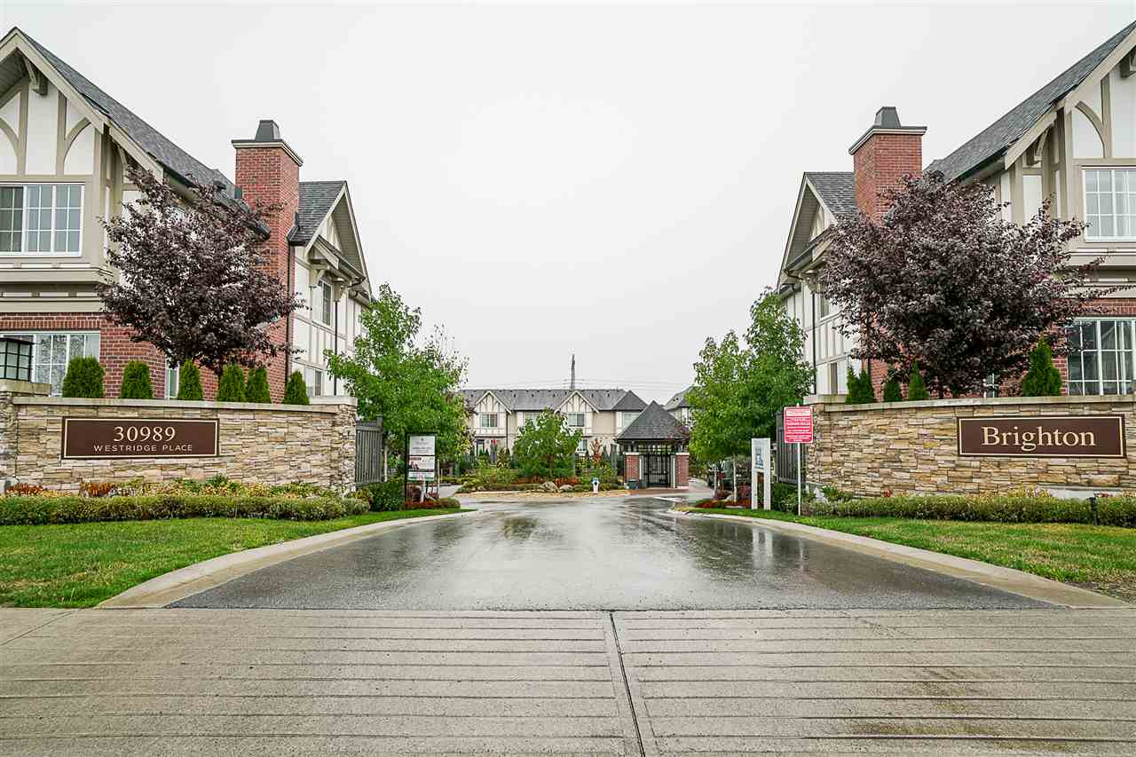 "Photo 2: Photos: 3 30989 WESTRIDGE Place in Abbotsford: Abbotsford West Townhouse for sale in ""Brighton"" : MLS® # R2204794"