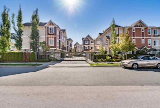 Main Photo: 28 14338 103 Avenue in Surrey: Whalley Townhouse for sale (North Surrey)  : MLS® # R2220462