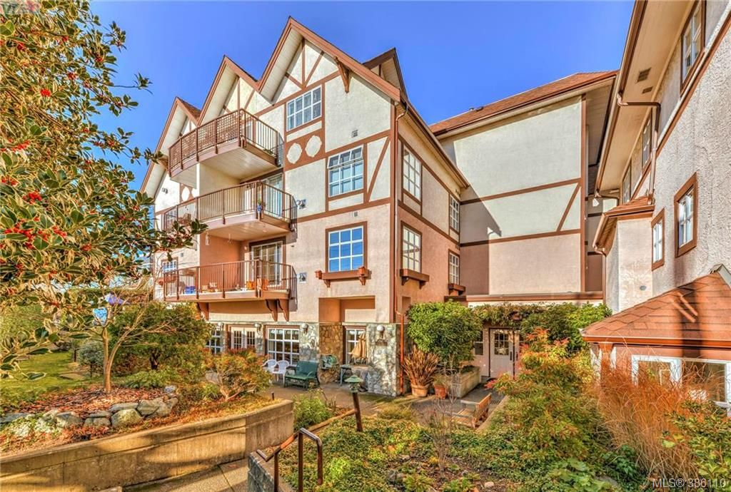 Main Photo: 6 1246 Fairfield Road in VICTORIA: Vi Fairfield West Condo Apartment for sale (Victoria)  : MLS® # 386110