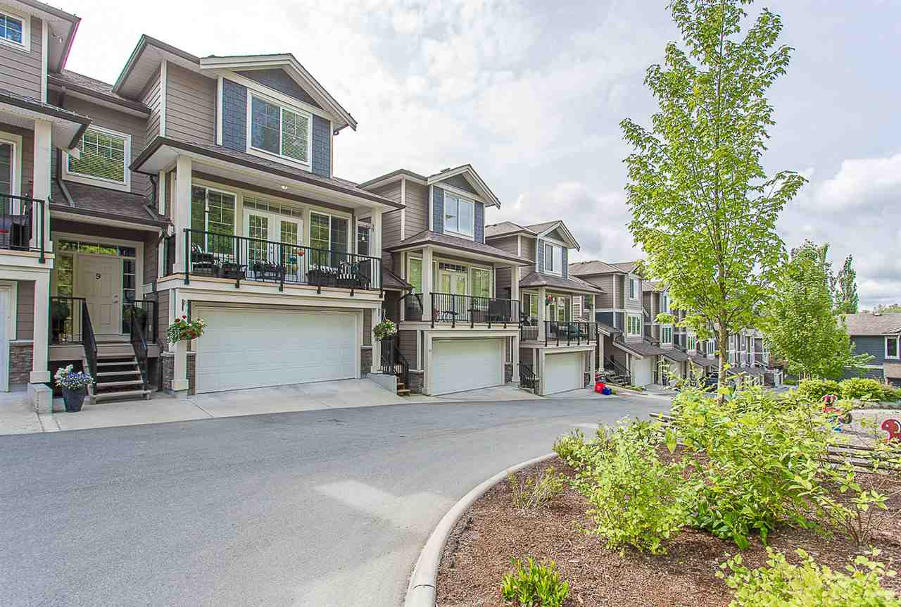 Main Photo: 9 11384 BURNETT Street in Maple Ridge: East Central Townhouse for sale : MLS®# R2274746