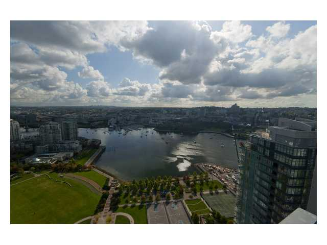 "Main Photo: 2901 1483 HOMER Street in Vancouver: Yaletown Condo for sale in ""Waterford"" (Vancouver West)  : MLS® # V883267"