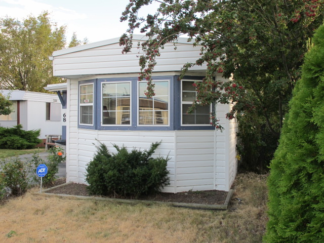 Main Photo: 68 3245 Paris Street in Penticton: South Main Manufactured for sale : MLS® # 141284