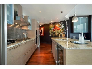 Main Photo: 3402 1111 Alberni Street in Vancouver: West End VW Condo for sale (Vancouver West)  : MLS®# V912355