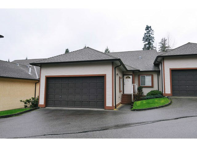 "Main Photo: 49 23151 HANEY Bypass in Maple Ridge: East Central Townhouse for sale in ""STONEHOUSE ESTATES"" : MLS® # V1139196"