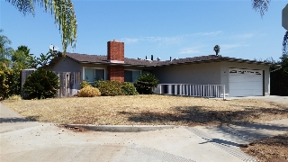 Main Photo: SOUTHWEST ESCONDIDO House for sale : 6 bedrooms : 662 Utah Way in Escondido