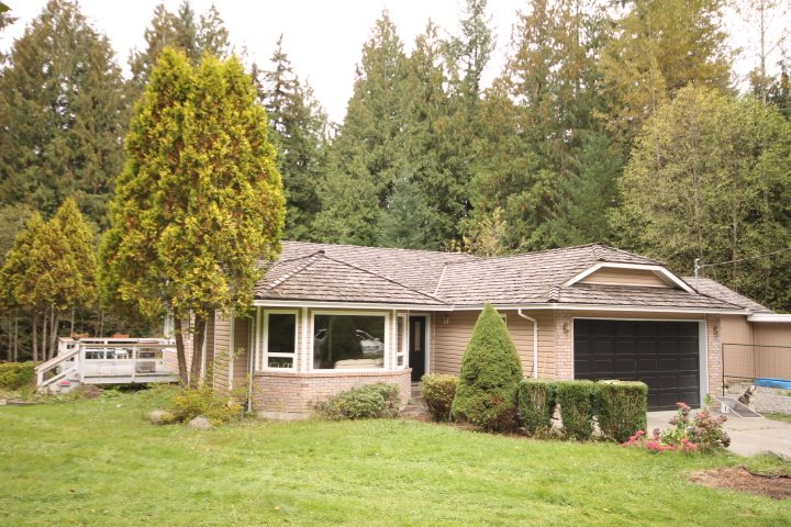 Main Photo: 11839 284TH Street in Maple Ridge: Whonnock House for sale : MLS® # R2112383