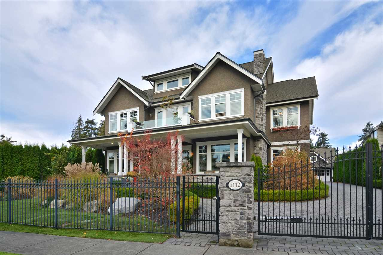 "Main Photo: 2112 INDIAN FORT Drive in Surrey: Crescent Bch Ocean Pk. House for sale in ""Ocean Park"" (South Surrey White Rock)  : MLS(r) # R2122397"