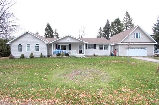 Main Photo: 107 Parklawn Boulevard in Brock: Beaverton House (Bungalow) for sale : MLS® # N3657167