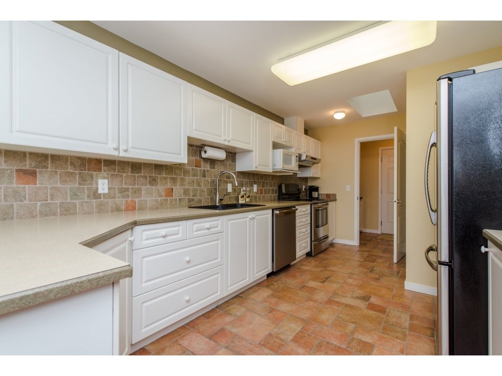 "Photo 9: 12 31501 UPPER MACLURE Road in Abbotsford: Abbotsford West Townhouse for sale in ""Maclure Walk"" : MLS(r) # R2141475"