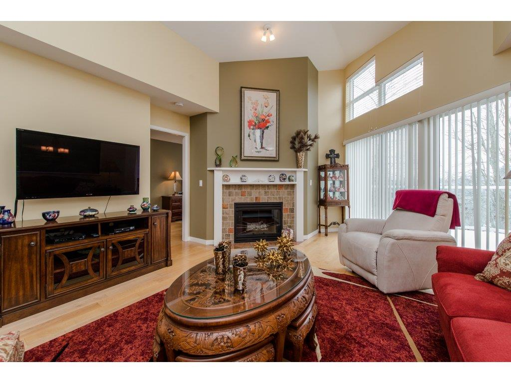 "Photo 7: 12 31501 UPPER MACLURE Road in Abbotsford: Abbotsford West Townhouse for sale in ""Maclure Walk"" : MLS(r) # R2141475"