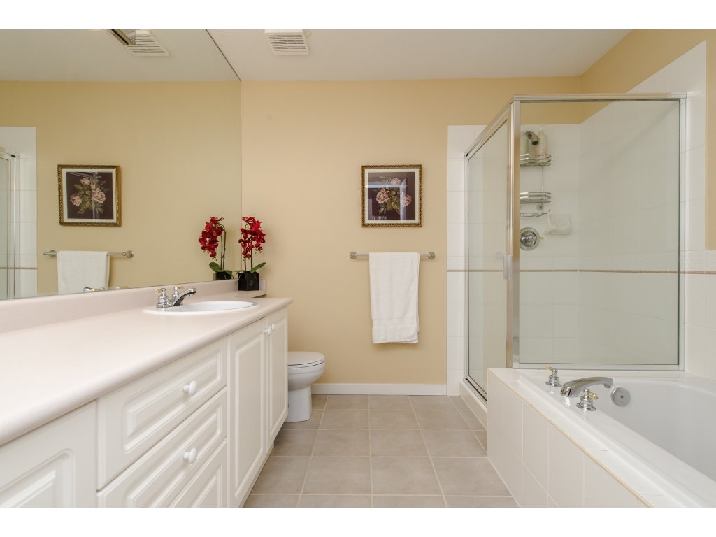 "Photo 14: 12 31501 UPPER MACLURE Road in Abbotsford: Abbotsford West Townhouse for sale in ""Maclure Walk"" : MLS(r) # R2141475"
