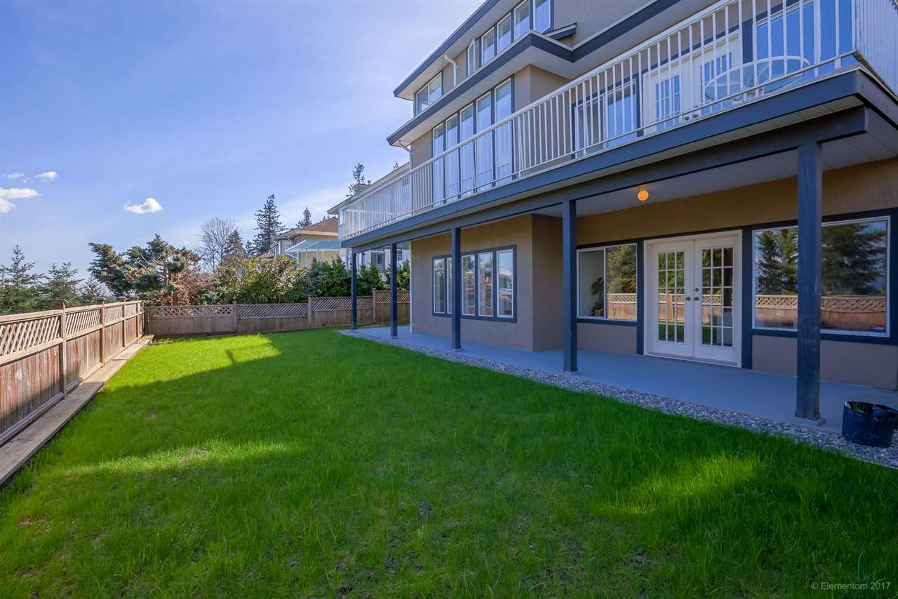 Photo 20: 2765 NADINA Drive in Coquitlam: Coquitlam East House for sale : MLS(r) # R2152484