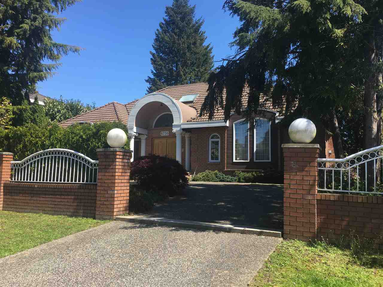 Main Photo: 6730 CHURCHILL Street in Vancouver: South Granville House for sale (Vancouver West)  : MLS® # R2153755