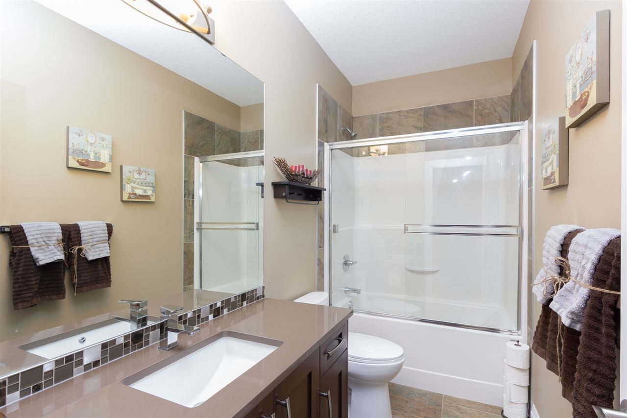 Photo 8: 8 LAKEVISTA Point: Beaumont House for sale : MLS(r) # E4058240