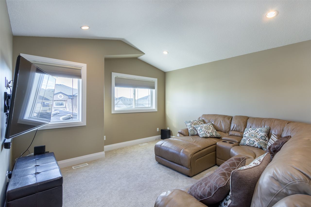 Photo 9: 8 LAKEVISTA Point: Beaumont House for sale : MLS(r) # E4058240