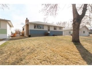 Main Photo: 1827 62 Avenue SE in Calgary: Ogden House for sale : MLS(r) # C4108099