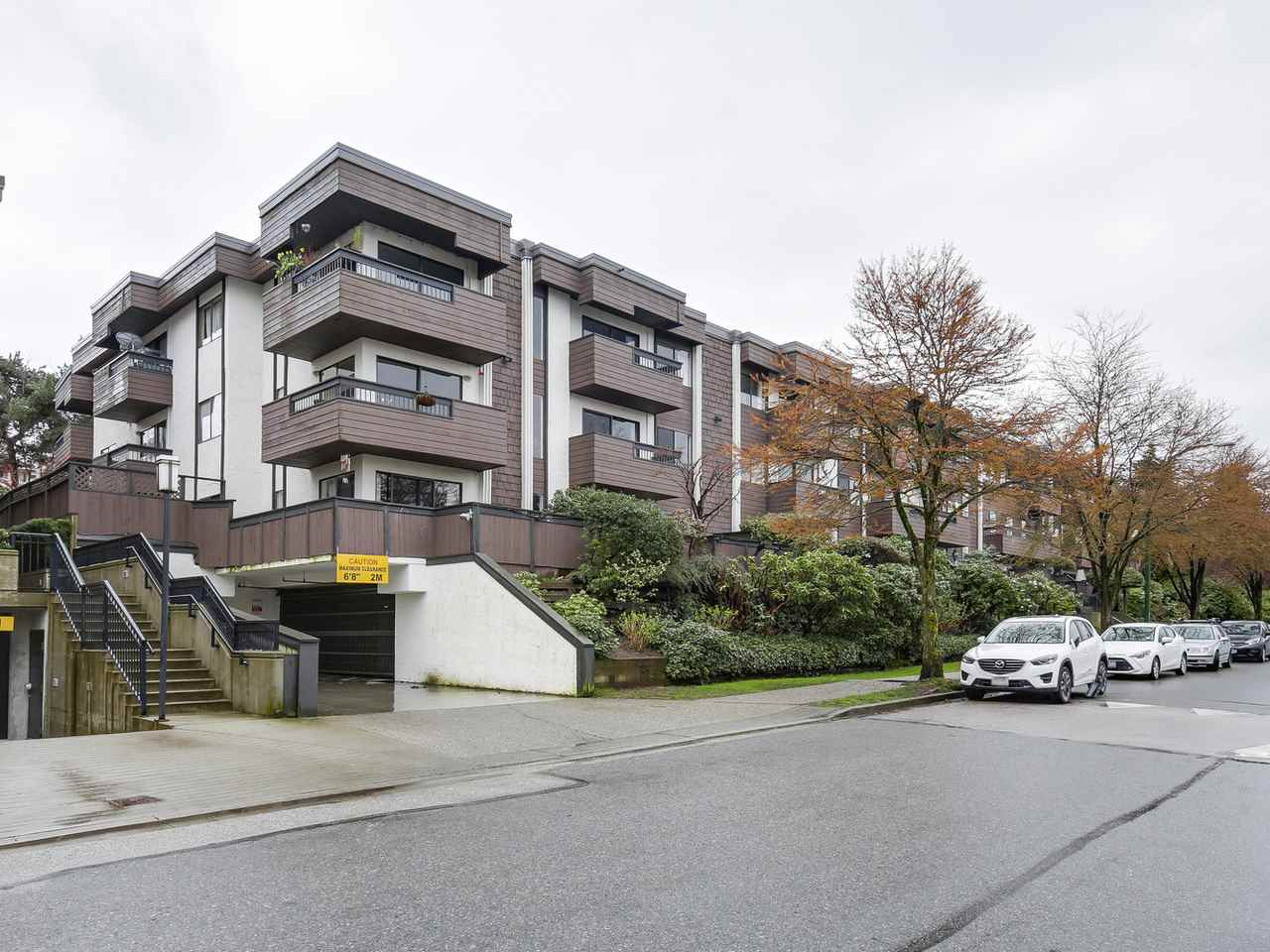 "Photo 17: 209 440 E 5TH Avenue in Vancouver: Mount Pleasant VE Condo for sale in ""Landmark Manor"" (Vancouver East)  : MLS(r) # R2156153"