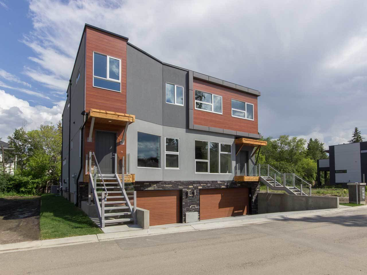 Main Photo: 20 SYLVANCROFT in Edmonton: Zone 07 House Half Duplex for sale : MLS® # E4060375