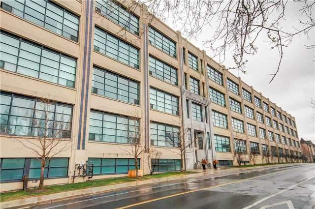 Main Photo: 310 1001 Roselawn Avenue in Toronto: Briar Hill-Belgravia Condo for sale (Toronto W04)  : MLS(r) # W3776104