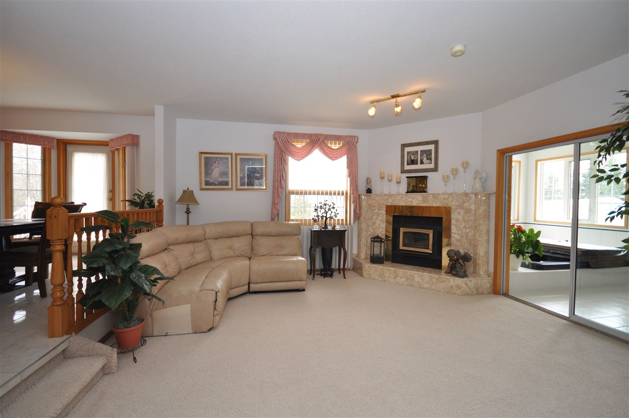 Photo 9: 41 Marshall Place: Rural Sturgeon County House for sale : MLS(r) # E4063055