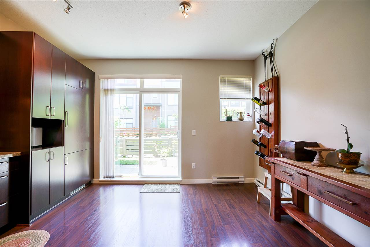 Photo 8: 14 2729 158 STREET in Surrey: Grandview Surrey Townhouse for sale (South Surrey White Rock)  : MLS(r) # R2173615