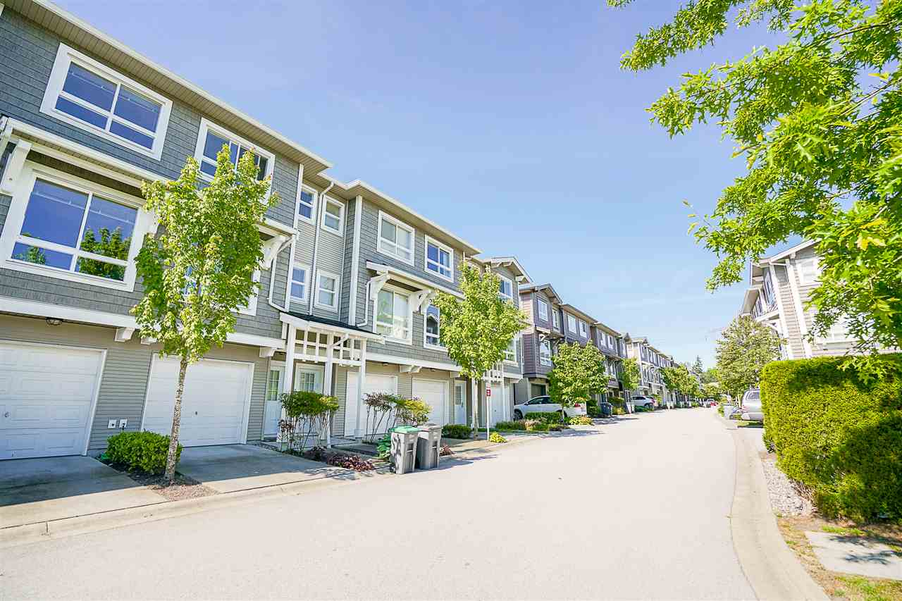 Photo 3: 14 2729 158 STREET in Surrey: Grandview Surrey Townhouse for sale (South Surrey White Rock)  : MLS(r) # R2173615