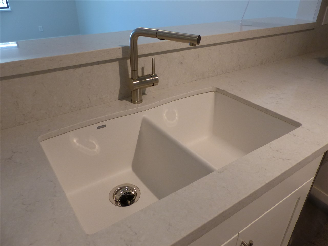NEW Quartz Silestone Countertops & Blanco Faucets