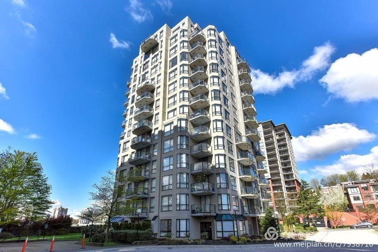 Main Photo: 101 838 AGNES Street in New Westminster: Downtown NW Condo for sale : MLS(r) # R2182755