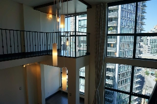"Main Photo: 904 1238 SEYMOUR Street in Vancouver: Downtown VW Condo for sale in ""THE SPACE"" (Vancouver West)  : MLS(r) # R2187185"