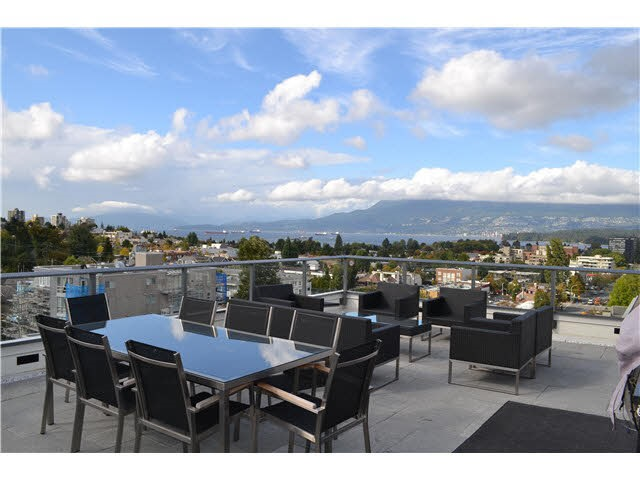Rooftop deck with views of Mountain downtown and water