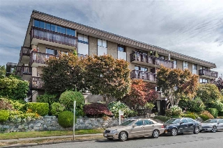 "Main Photo: 401 120 E 4 Street in North Vancouver: Lower Lonsdale Condo for sale in ""EXCELSIOR"" : MLS® # R2199846"