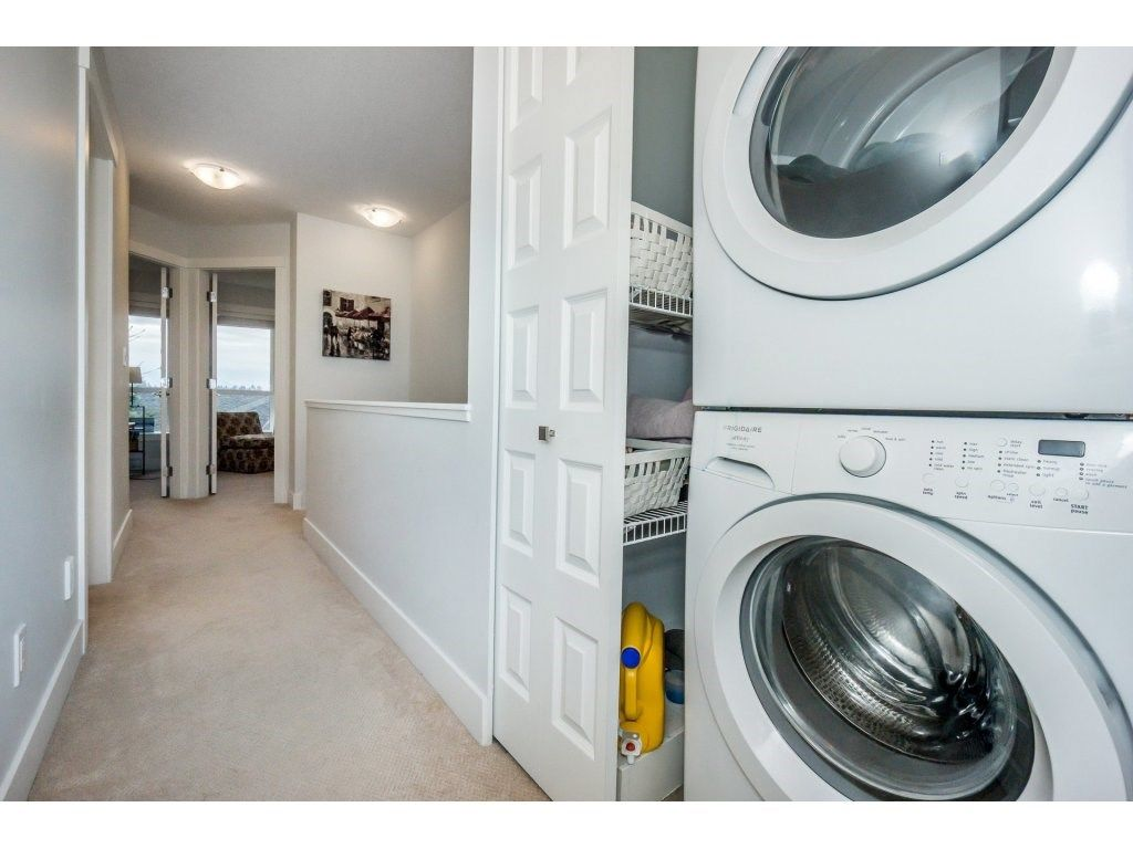 "Photo 11: Photos: 43 14433 60 Avenue in Surrey: Sullivan Station Townhouse for sale in ""BRIXTON"" : MLS® # R2221357"