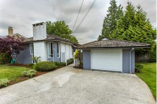 Main Photo: 4852 WOODGLEN Court in Burnaby: Central Park BS House for sale (Burnaby South)  : MLS®# R2277426
