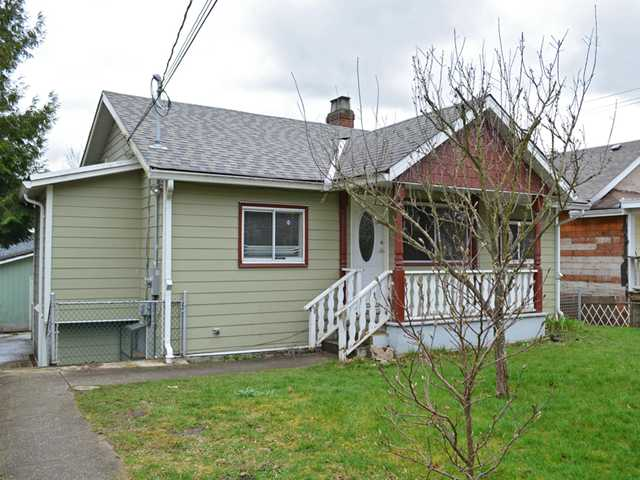 "Main Photo: 404 KELLY Street in New Westminster: Sapperton House for sale in ""SAPPERTON"" : MLS® # V1054977"