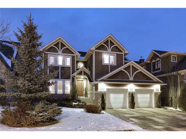 Main Photo: 11 DISCOVERY RIDGE Cove SW in Calgary: Discovery Ridge Residential Detached Single Family for sale : MLS® # C3650558