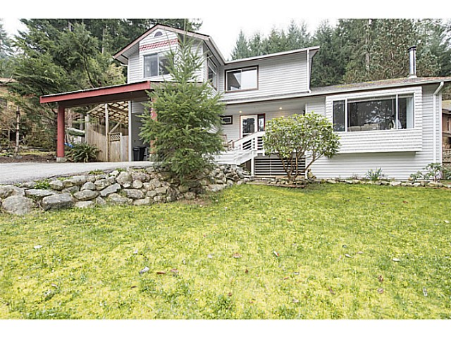 Main Photo: 1529 WHITE SAILS Drive: Bowen Island House for sale : MLS(r) # V1110930