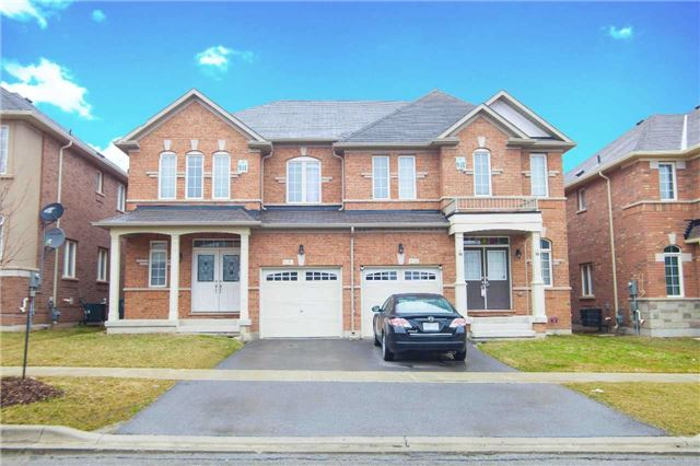 Main Photo: 8 Leadership Drive in Brampton: Credit Valley House (2-Storey) for sale : MLS(r) # W3442121